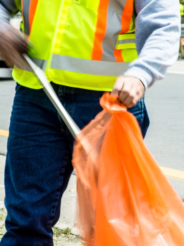 Litter Picking Keeps Car Parks & Estates Clean